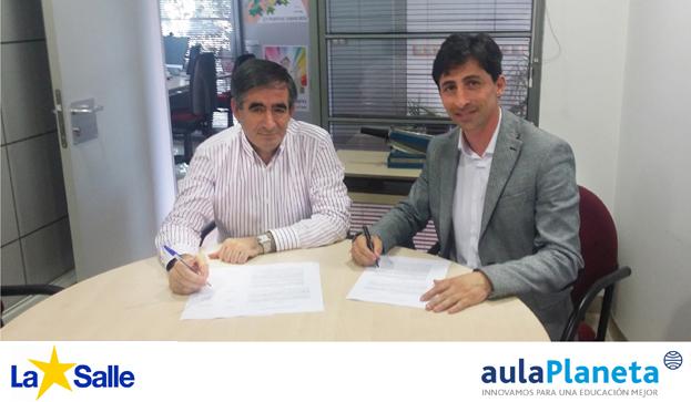 Firma del acuerdo entre La Salle y AulapPlaneta