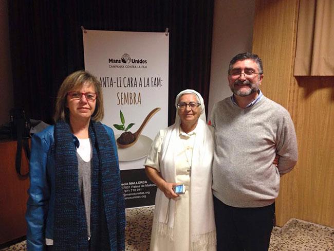 Catalina Fiol, delegada Manos Unidas Mallorca, Hermana Ángela García y el Hermano Pepe Tomás.