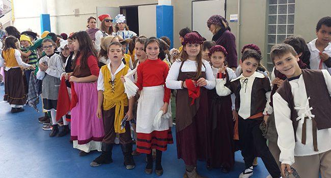 Infantil y Primaria de la Escuela Profesional La Salle de Paterna celebran el IV centenario de la muerte de Cervantes