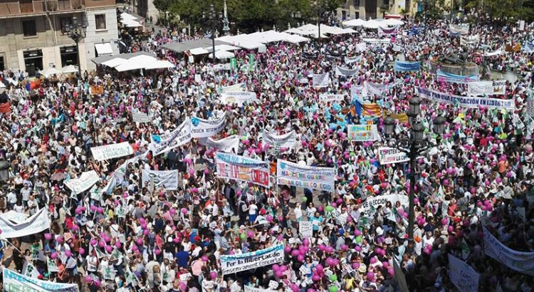 Gran manifestación en Valencia a favor de la concertada y por la libertad educativa