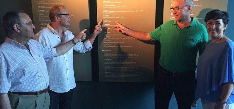 El Museo La Salle de Paterna participa en la exposición 'Els nostres dinosaures' con 14 piezas de gran valor paleontológico
