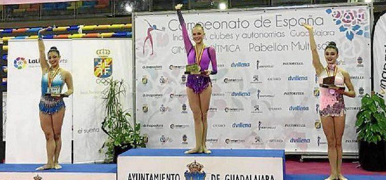Georgia Warren, antigua alumna de La Salle Maó, campeona de España de gimnasia rítmica