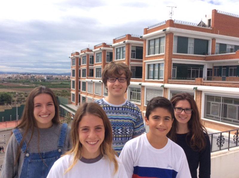 Los alumnos del colegio La Salle Paterna, Gonzalo Benito Pañego, Estela Carbonell Núñez, Miquel Faustí Cherta Garrido, Marta Palau Cavero y Carmen Visconti Martín
