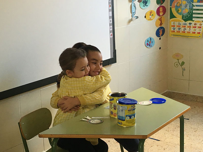 Compartir es lo natural, una lección de los peques del  CEI Minerva- EP. La Salle de Paterna