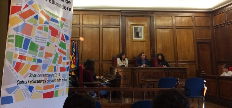 La Salle Alcoi participó en la celebración del Día Internacional de la Ciudad Educadora