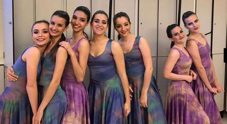Xana Collado (2ª por la izquierda), antigua alumna de La Salle Maó, se proclamó mejor bailarina del Campeonato Nacional de Danza