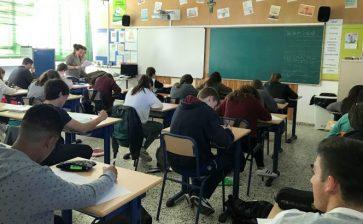 Els alumnes d'ESO de La Salle Maó participen en les proves Cangur 2017