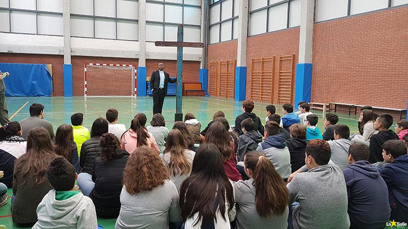 La cruz de Lampedusa en La Salle Benicarló