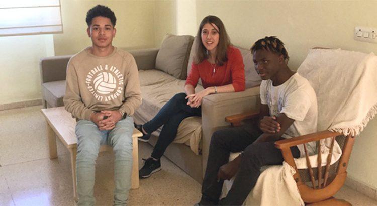 Los jóvenes que viven en el piso de emancipación de Pont d'Inca