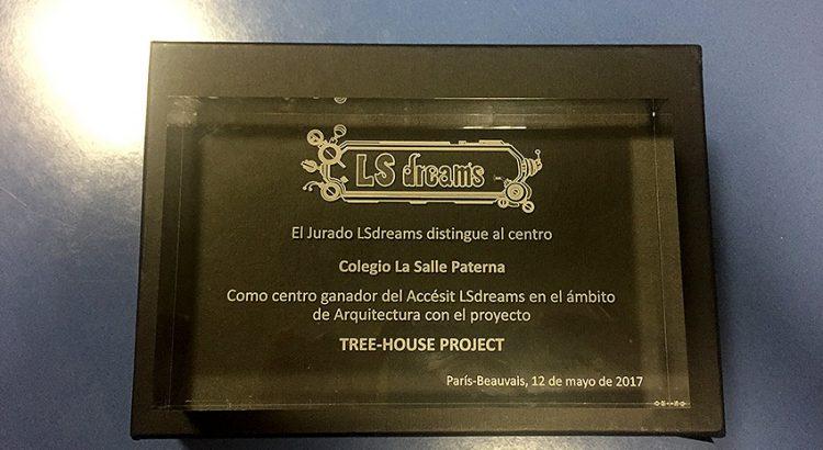 Entrega accésit LS Dreams al equipo de La Salle Paterna