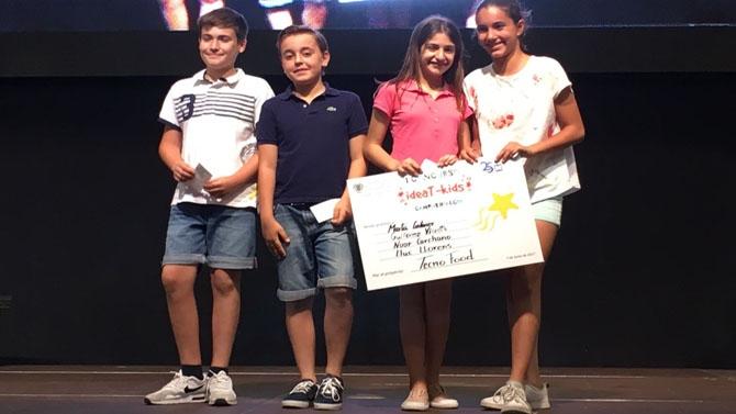Los cuatro alumnos de La Salle Alcoi premiados