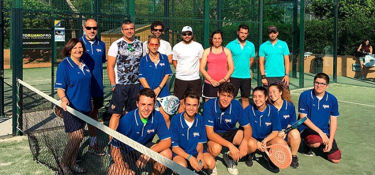 Solidaridad, convivencia y deporte en la I edición del Trofeo de Pádel 'La Salle Acoge'