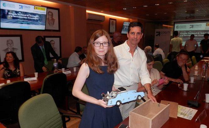 Sofía Sopeña junto a Rafa Monroig, profesor de La Salle Palma