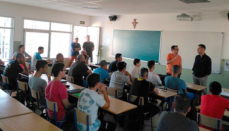 Comienzan las clases de ciclo formativo de técnico deportivo en La Salle Benicarló