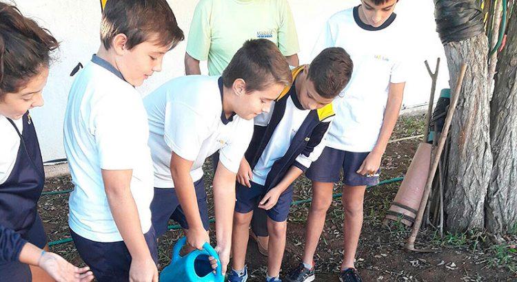 El huerto del colegio La Salle Alaior cumple 10 años