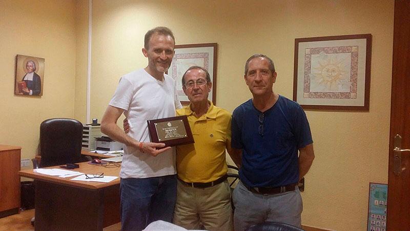 Don José García Bautista, primer profesor de La Escuela Profesional La Salle de Paterna, visita su antiguo colegio