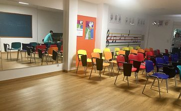 La Salle Manacor inaugura una nova aula de música