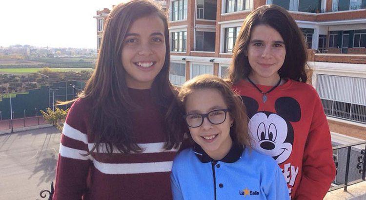 Carla Urbano, María García y Natalia Sánchez, premios extraordinarios de La Salle Paterna