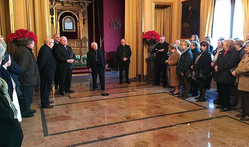 La Vida Consagrada felicita la Navidad al Sr. Arzobispo – Cardenal de Valencia, D. Antonio Cañizares.