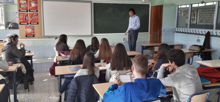 Charla del IEB (Instituto de Estudios Bursátiles) de Madrid en La Salle Alcoi