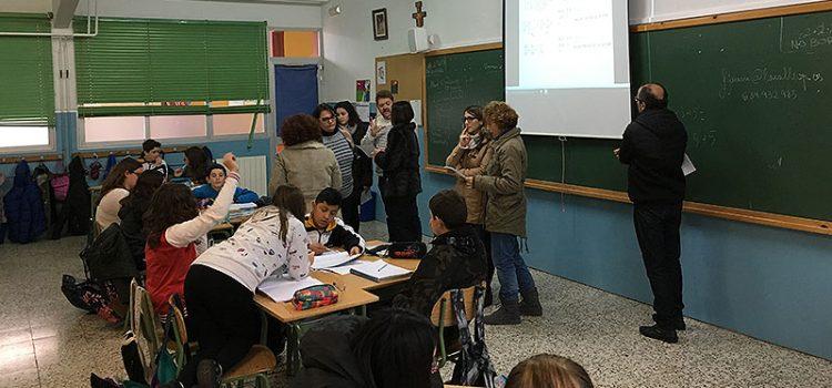 Profesores de varios centros La Salle visitan el colegio La Salle Benicarló para conocer sus buenas prácticas en aprendizaje cooperativo