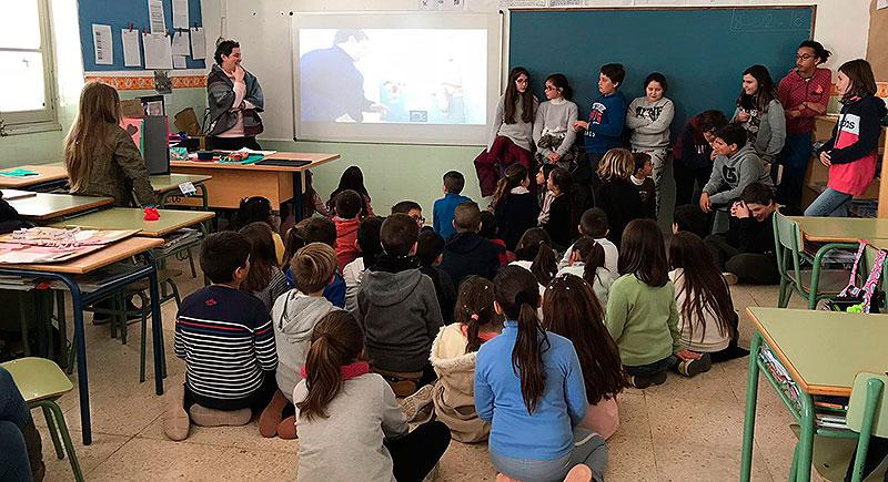 Un grupo de profesores visita La Salle Pont d'Inca para conocer sus buenas prácticas en Aprendizaje Cooperativo