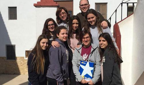 Gente Pequeña 2, del colegio La Salle Paterna, comienza su viaje hacia su proyecto de verano