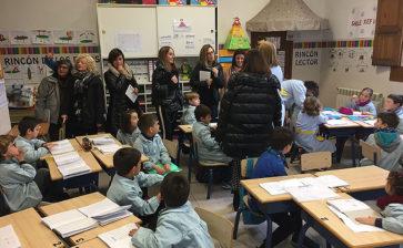 Varios docentes visitan La Salle l'Alcora para conocer su trabajo cooperativo en Infantil y Primaria