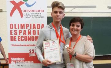 Jorge González, alumno de Bachillerato de La Salle Paterna, tercer finalista en las X Olimpiadas Nacionales de Economía