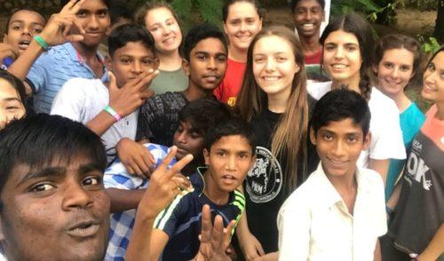 Primera crónica de Gente Pequeña en Boy's Town en Madurai, India