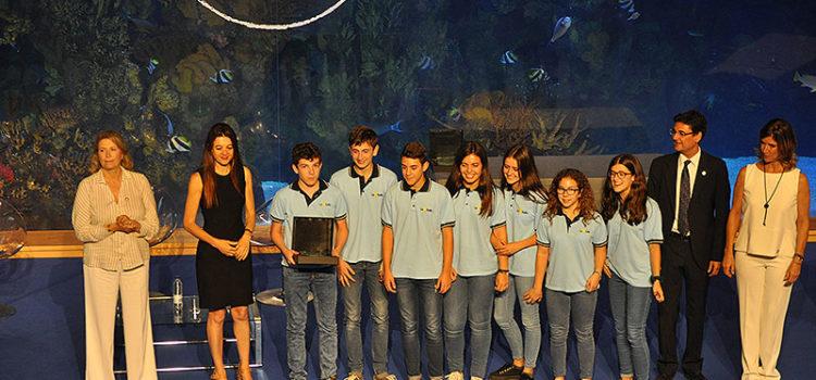 Un grupo de estudiantes de 2º de ESO del colegio La Salle Paterna, subcampeones de la primera edición del concurso Up!Steam organizado por la Universidad Politécnica de València