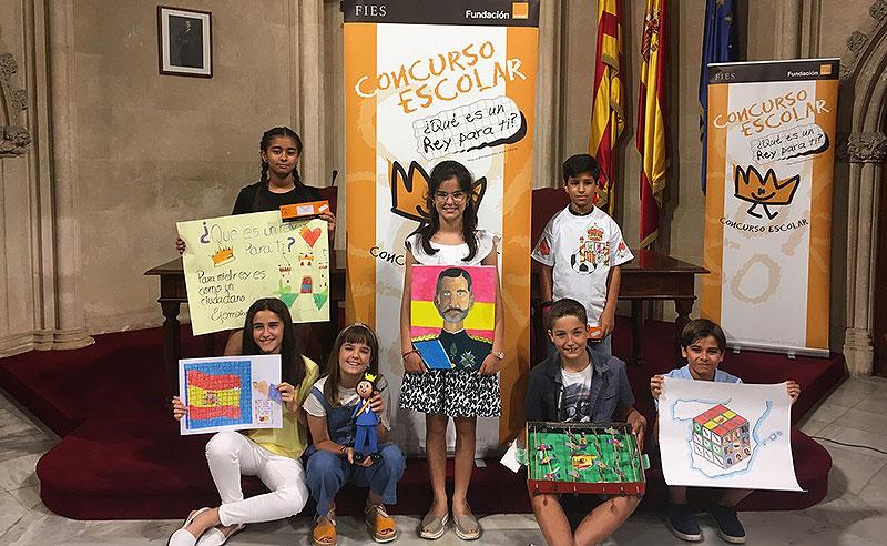 "Maria Pou Goñalons, alumna de La Salle Alaior, guanyadora a les Balears del concurs ""¿Qué es un Rey para ti?"""