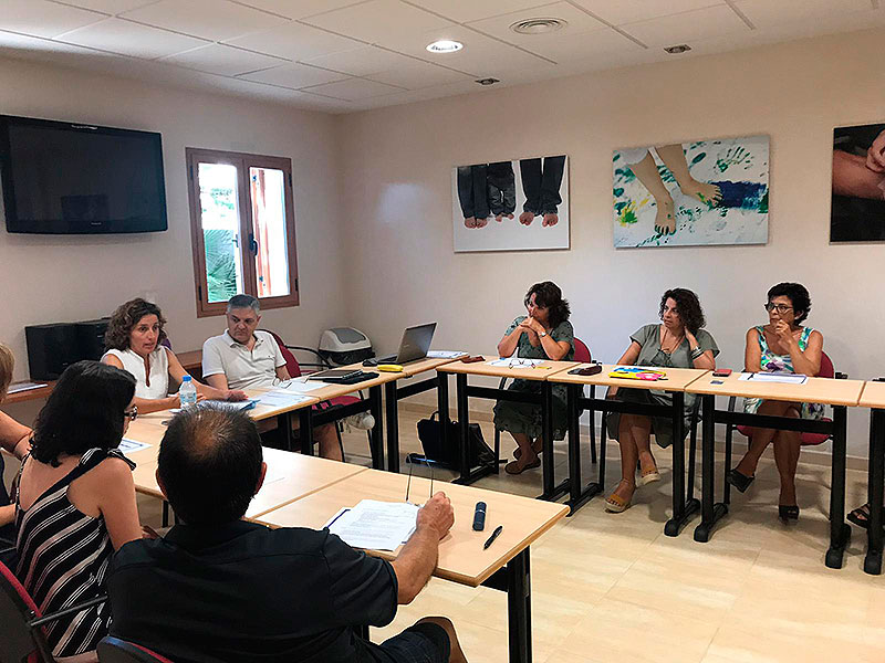 Comienzan las jornadas de formación de administrativos de La Salle Valencia-Palma en Cala Morlanda, Mallorca