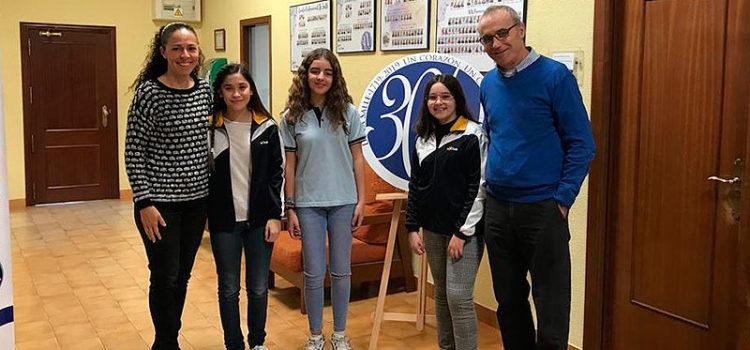 Tres alumnas de la Escuela Profesional La Salle de Paterna reciben el premio extraordinario de Primaria
