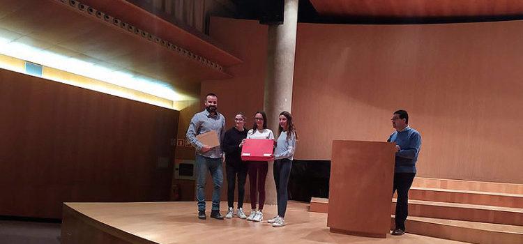 La Escuela Profesional La Salle de Paterna recibe el 2º premio en el Concurso de la Tabla Periódica organizado por la Universidad de Valencia