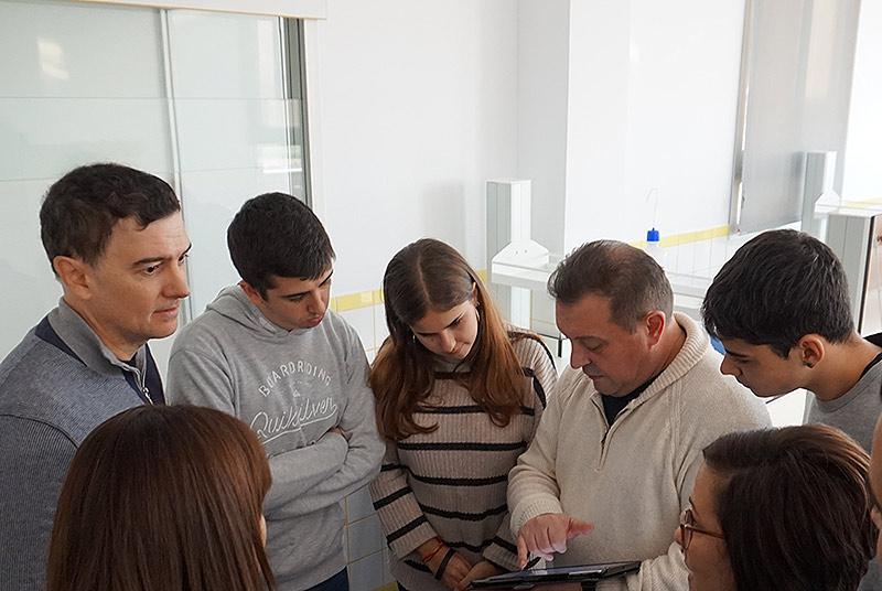 Tres alumnos de Bachillerato de La Salle Paterna, seleccionados para la segunda fase de la Olimpiada de Química