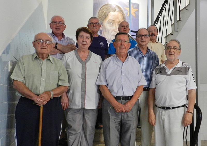 Se jubila, en La Salle Teruel, doña María Dolores Sanz, Lola, cocinera del colegio y la Comunidad de Hermanos desde hace 23 años